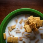 How To Pick a Healthy Cereal For Your Kids
