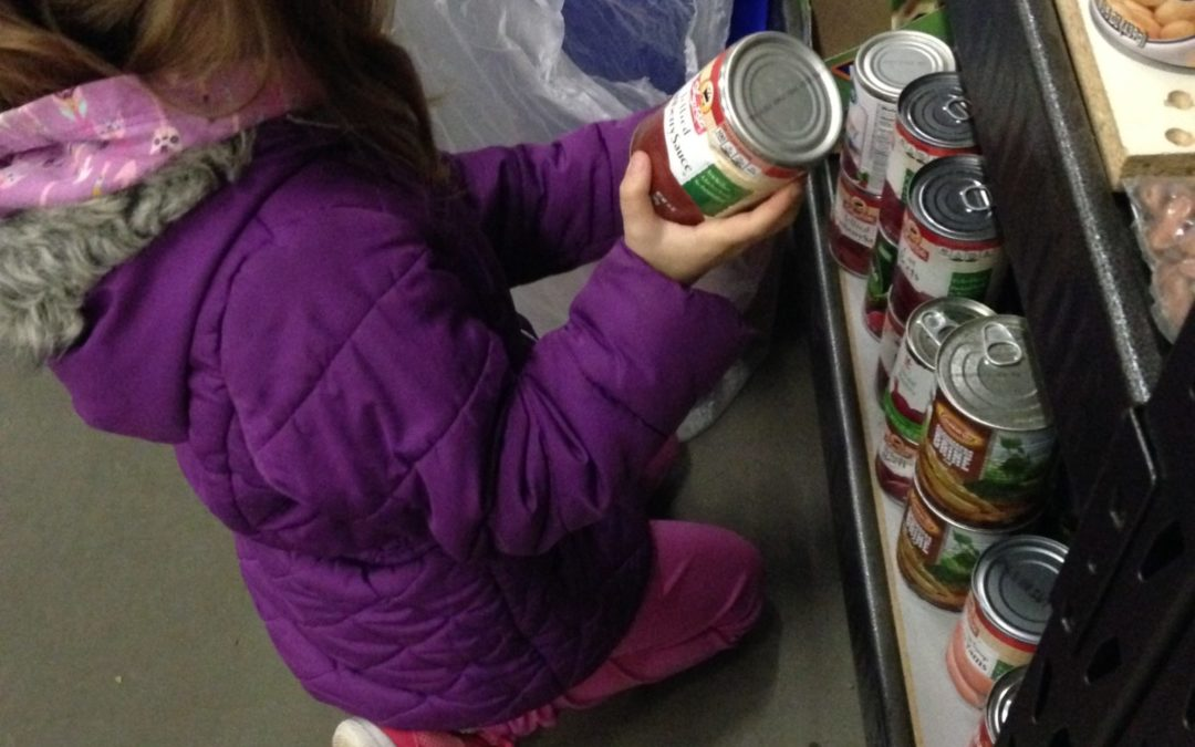 [VIDEO] 3 Things Volunteering To Feed The Hungry Teaches My Kids