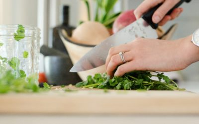 10 Simple Meal Prep Hacks For Busy Moms