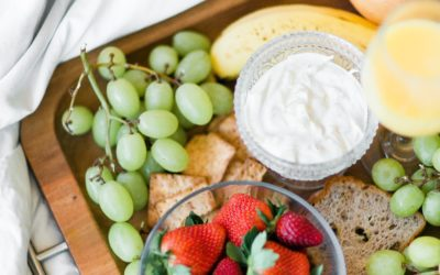 15 Easy and Healthy Snacks for Breastfeeding Moms