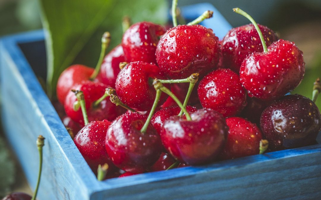 6 Reasons Cherries Are Healthy For Kids + Recipes!